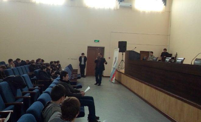 Зураб Хасбулатов встретился со студентами Энергетического колледжа Каспийска