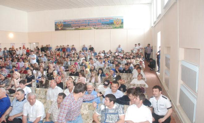 Развитие молодежного предпринимательства обсудили в Казбековском районе