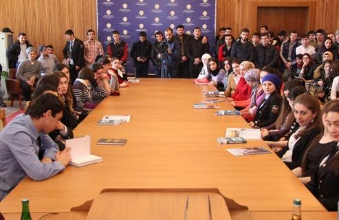 Круглый стол по развитию предпринимательства среди молодежи состоялся в Хунзахском районе