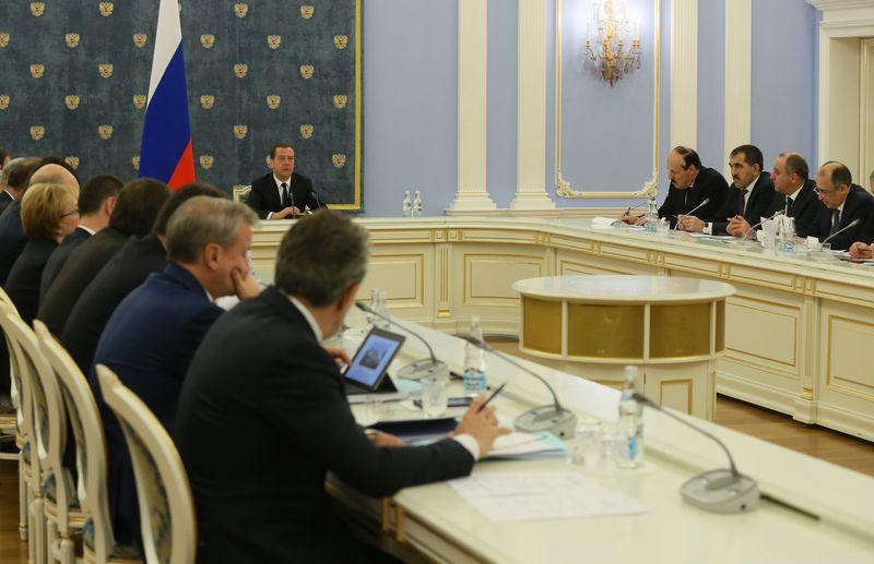 Рамазан Абдулатипов принял участие в заседании Правительственной комиссии по вопросам социально-экономического развития Северного Кавказа