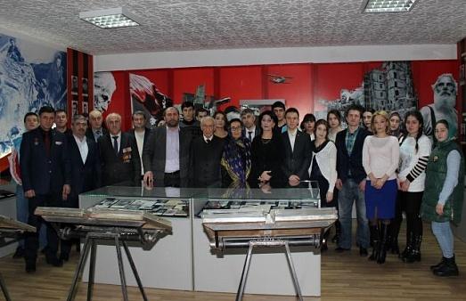 В махачкалинском Музее боевой славы прошла встреча ветеранов-«афганцев» со студентами