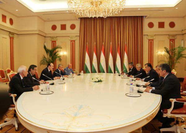 Рамазан Абдулатипов встретился с Президентом Республики Таджикистан