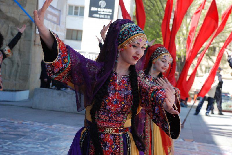 В Махачкале проходит фестиваль «Каспий – берега дружбы»