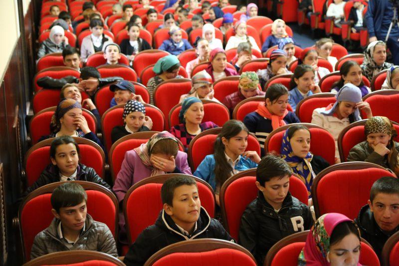 Профилактикой экстремизма в Дагестане охватили 9,5 тысяч школьников