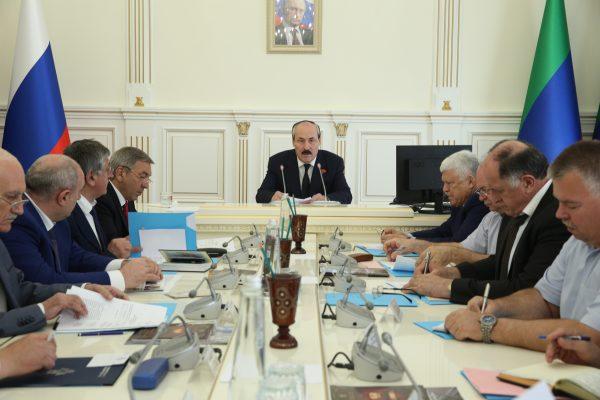 Заседание АТК в Республике Дагестан прошло под руководством Рамазана Абдулатипова