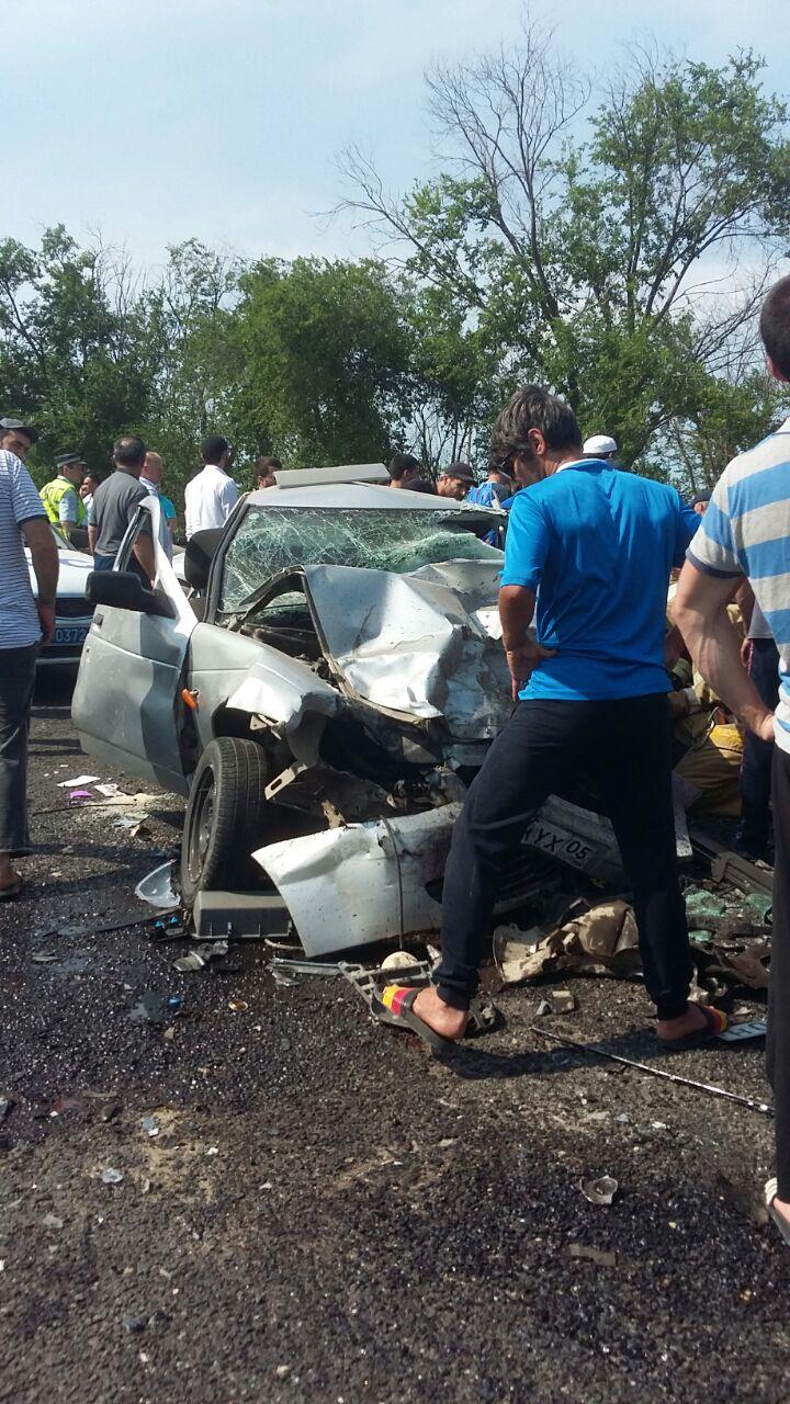 Пять человек погибли в ДТП в Карабудахкентском районе (видео)