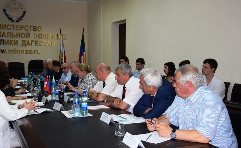 Дагестанские чиновники встретились с послом Швейцарии в России