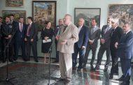 Владимир Жириновский оценил картины дагестанских художников