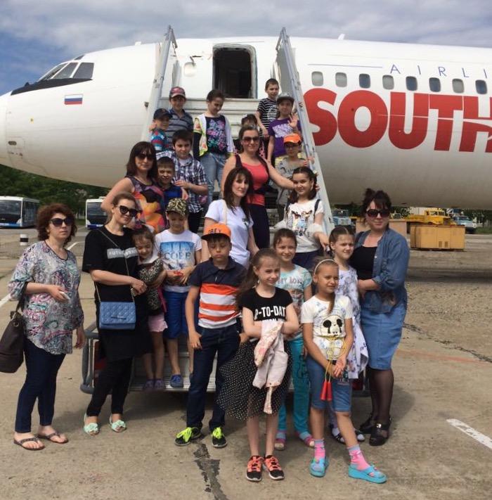 Школьникам устроили экскурсию по аэропорту Махачкалы