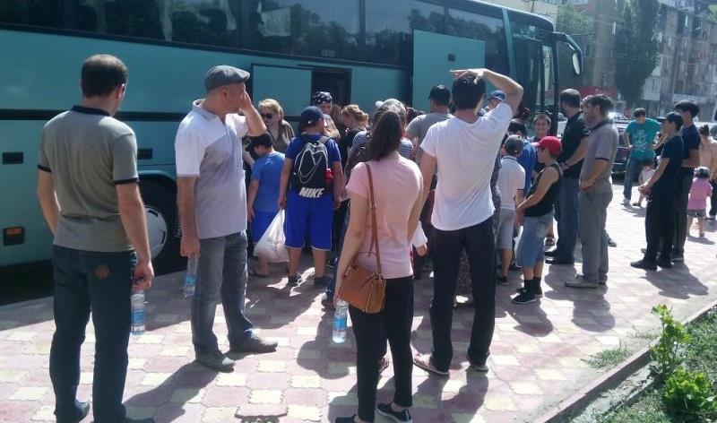 На летний отдых отправятся 2,5 тысяч махачкалинских школьников