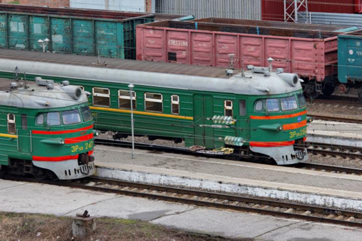 Дагестанские школьники и студенты получат скидку на проезд в пригородных поездах
