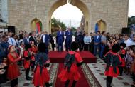 Рамазан Абдулатипов открыл аллею «Город мастеров»