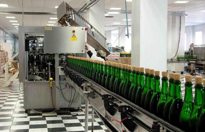 Более 500 тысяч декалитров шампанского выпустил ОАО «Дербентский завод игристых вин»