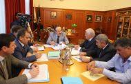 Рамазан Абдулатипов поручил решить проблемы Ботлихского района и Бежтинского участка