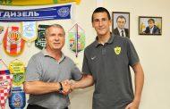 Выпускники Академии «Анжи» подписали контракты с клубом