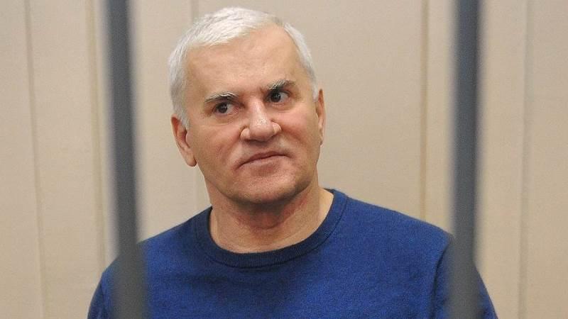 Адвокат: «Решение ЕСПЧ позволяет ставить вопрос об освобождении Амирова»