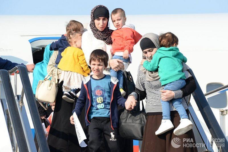 Восемь детей вернутся в Дагестан из Сирии