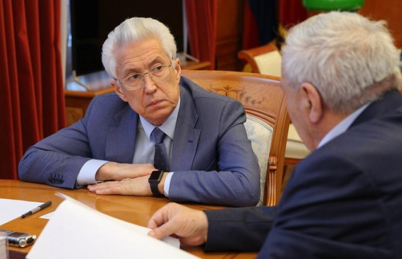 Совет старейшин Дагестана поддерживает Владимира Васильева