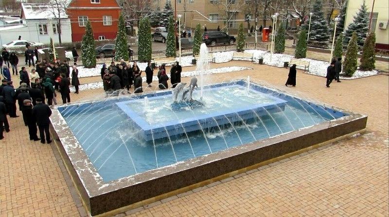 В Хасавюрте открыли мини-парк с фонтаном