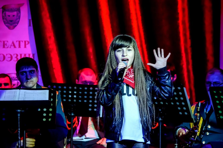 Вокальные способности участницы из Дагестана отметило жюри «Битвы талантов»