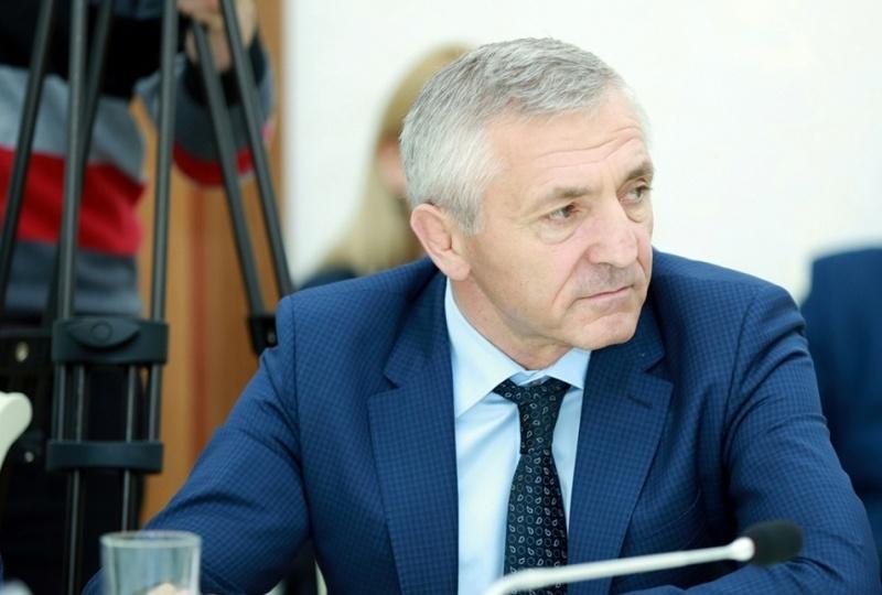 Шахабас Шахов освобожден от должности министра образования Дагестана