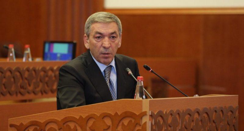 Парламент республики заслушает доклад главы правительства