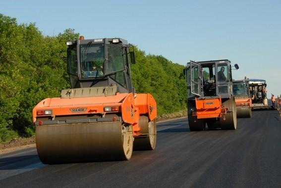 В Дагестане оснастят автодороги усовершенствованным покрытием