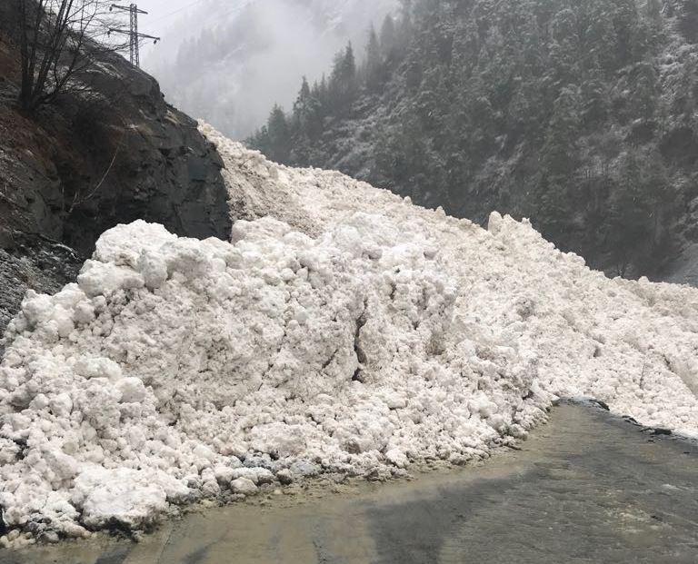 В Тляратинском районе Дагестана сошла лавина