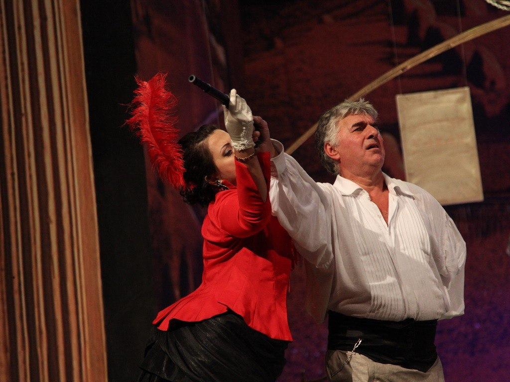 Магомед Сурхатилов: «В Москве хвалят наши спектакли»