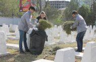 Активисты ОНФ навели порядок на местах воинских захоронений