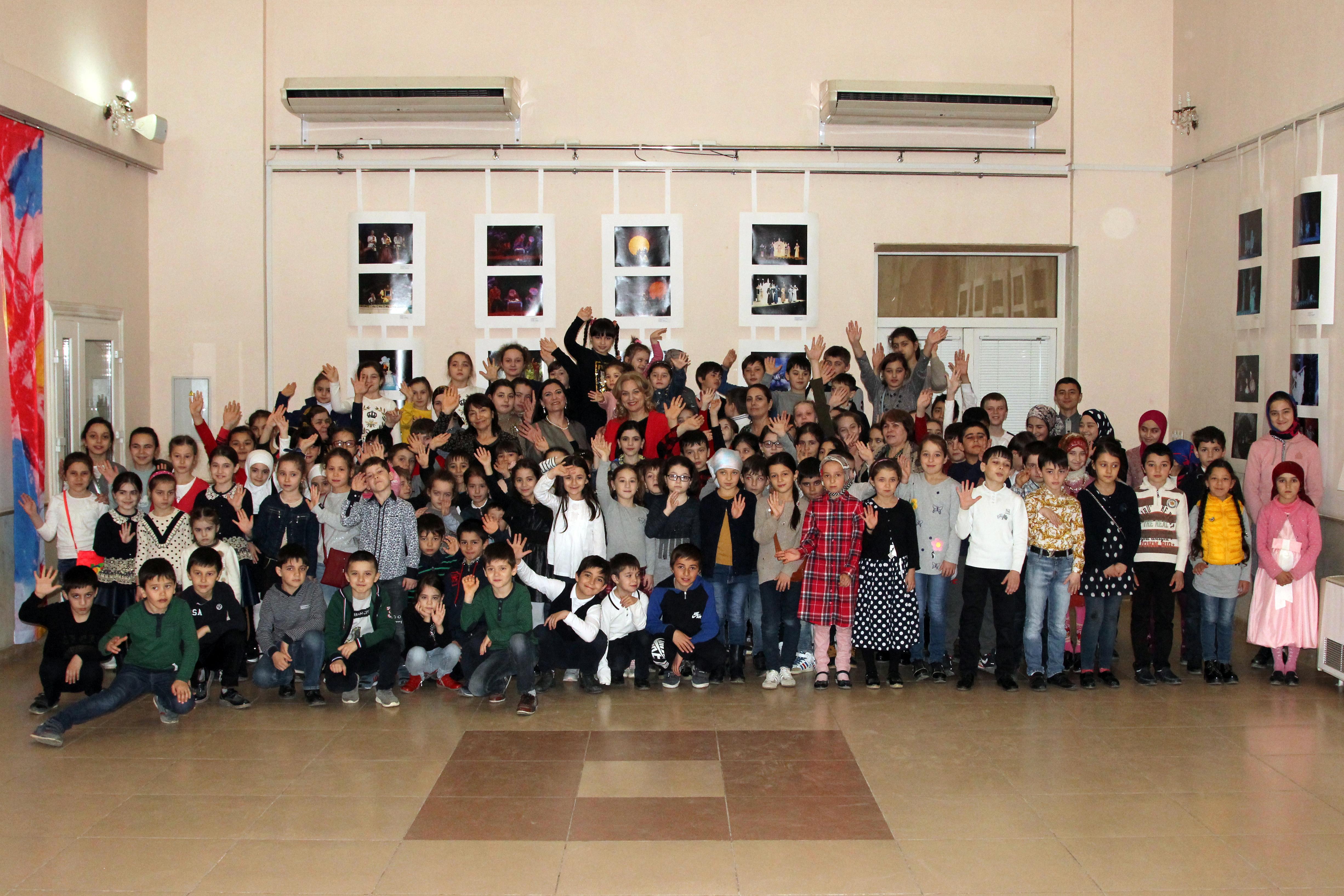 Более 200 школьников посетили учреждения культуры Махачкалы