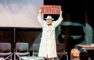 Спектакль «Дайте руку! Вот грудная клетка» в Театре поэзии (фоторепортаж)