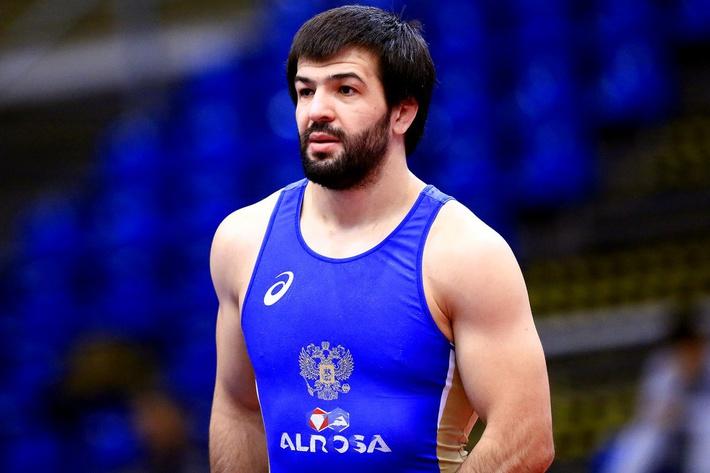 Дагестанский борец-«классик» Абачараев проиграл в четвертьфинале «Европы»