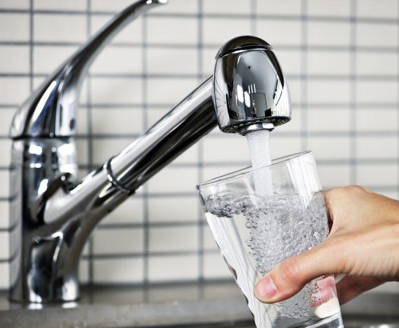 Жители двух районов Махачкалы получали неочищенную питьевую воду