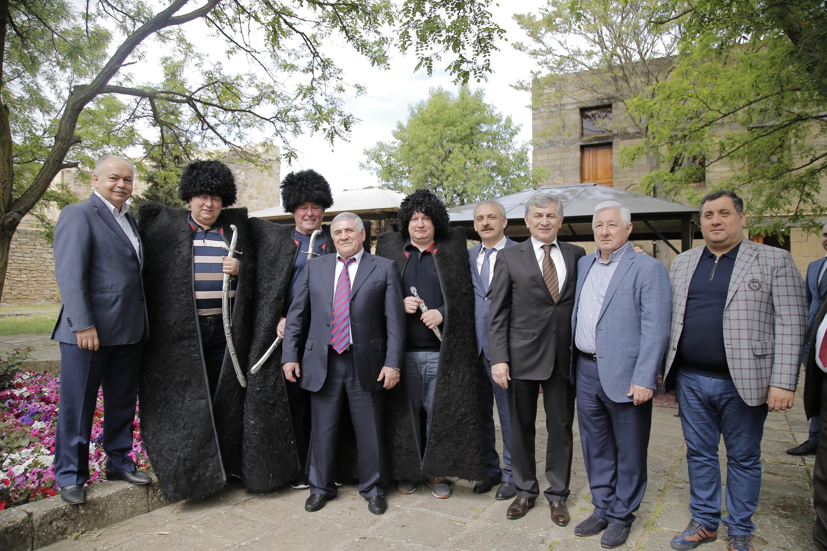 Федеральные чиновники посетили Дербент