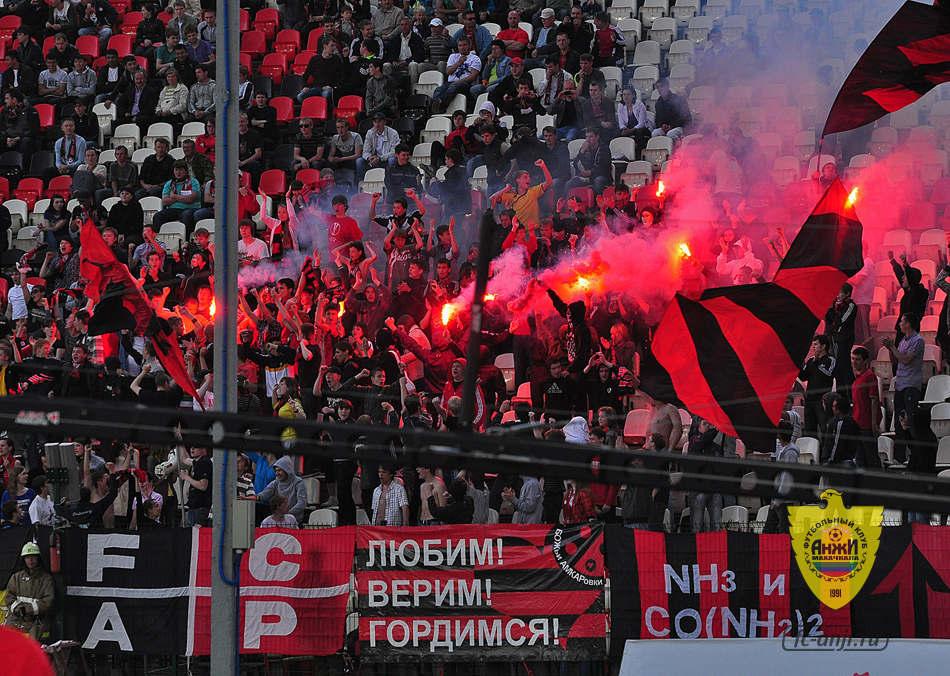 У «Амкара» отозвали лицензию. Судьбу «Анжи» решит РФПЛ