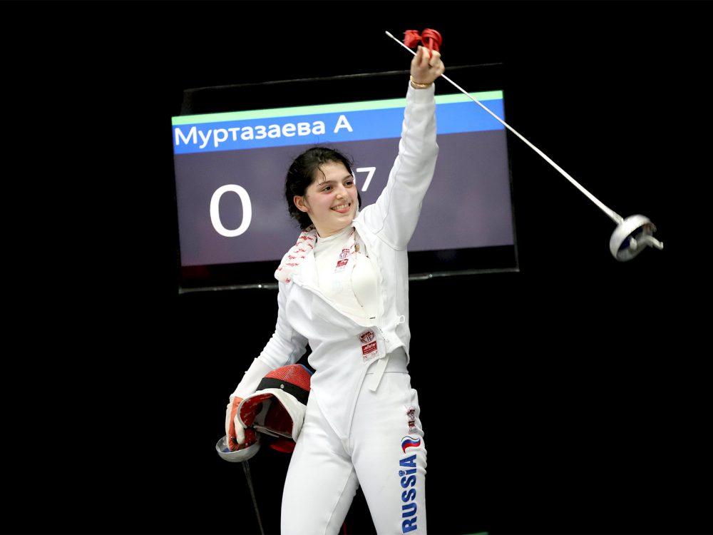 Дагестанка на чемпионате Европы по фехтованию добралась до 1/8 финала