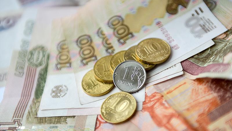 Минимальное пособие по уходу за первым ребенком в России увеличено в два раза