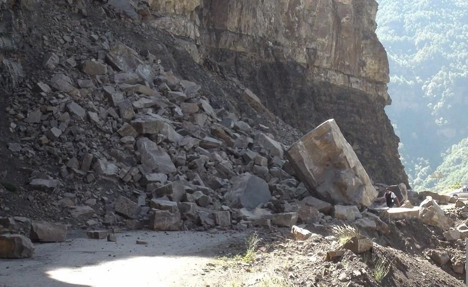 Участок дороги Кидеро - Агвали закрыт из-за взрывных работ