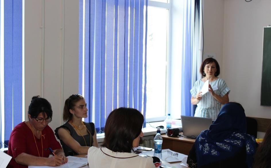 Учителя в Дагестане повышают квалификацию по сингапурским технологиям