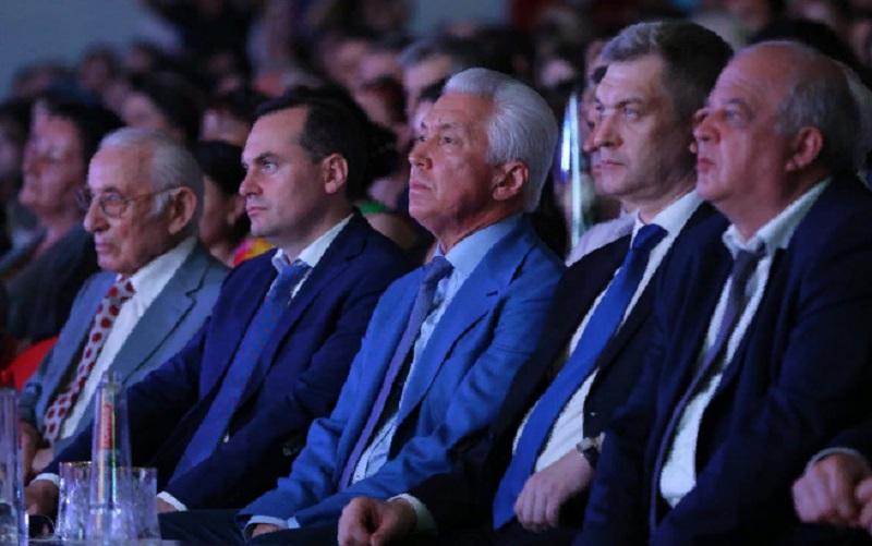 День Конституции Республики Дагестан отпраздновали в Махачкале