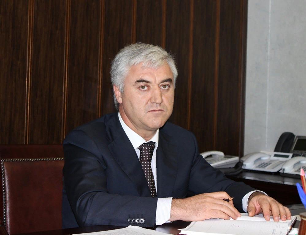 Главный налоговик Дагестана Умахан Джабраилов покинул свой пост