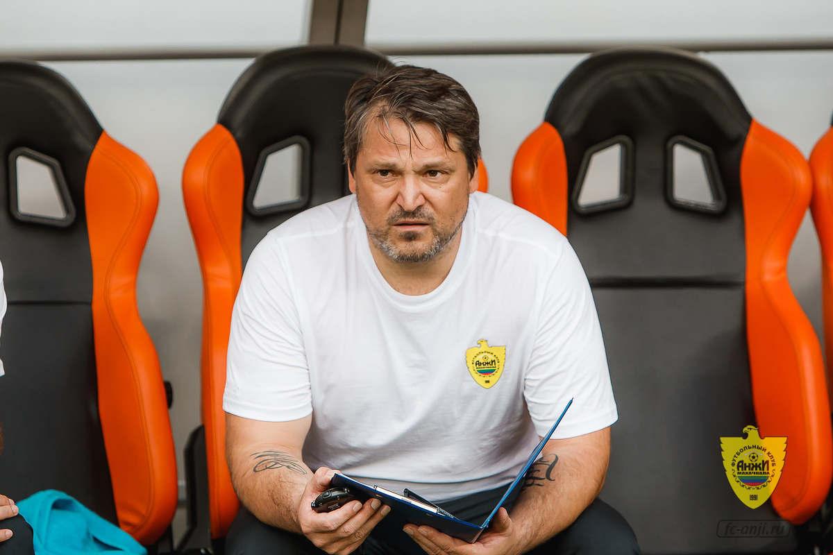 Помощник главного тренера «Анжи» Вадим Евсеев покинул клуб