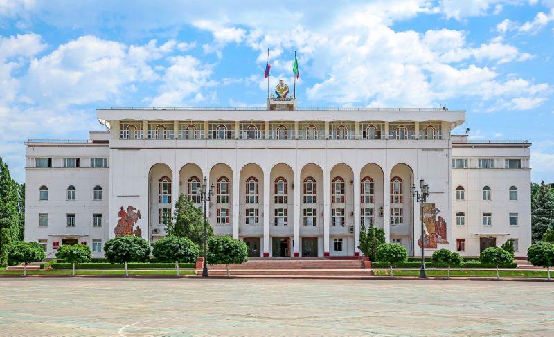 Сергей Меликов назначил новых руководителей в своей администрации