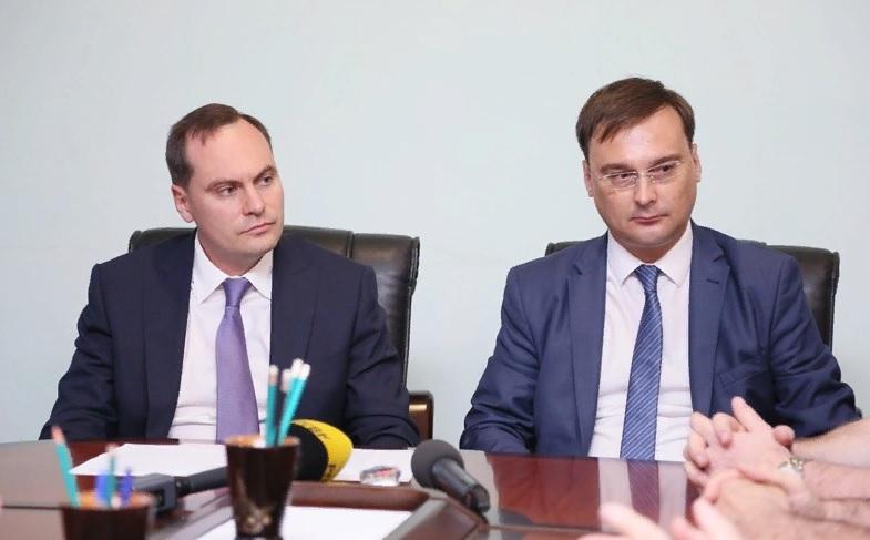 Артем Здунов представил нового руководителя коллективу мининформа