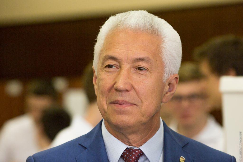Владимир Васильев избран главой Дагестана