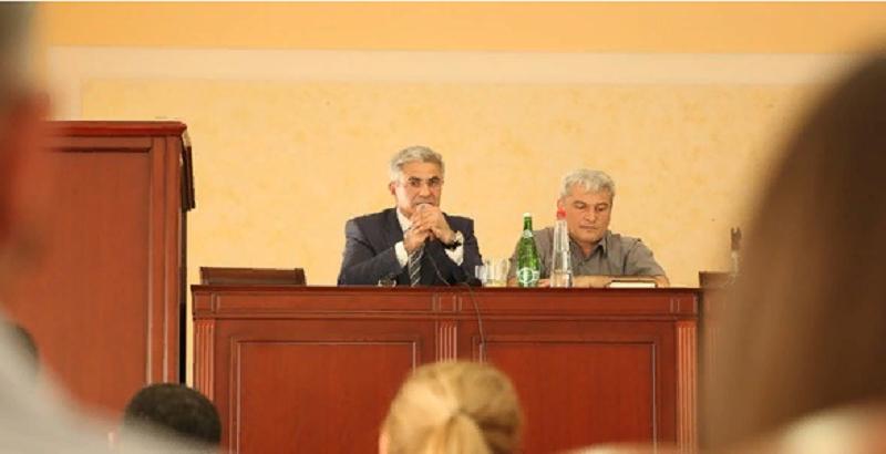 На закупку учебников по родным языкам выделено 70 млн рублей