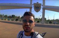 Телеведущий Евгений Савин проехал с молодежкой «Анжи» на автобусе 1800 км