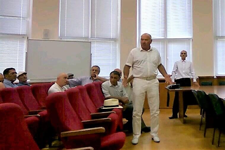 Участники слушаний в Каспийске высказались за присвоение улице имени Сталина