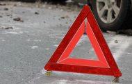 Toyota столкнулась с БТР возле села Тануси: погиб один человек